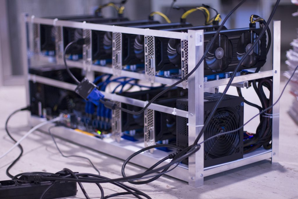 Blockchain Mining - PoW vs PoS methodologies.